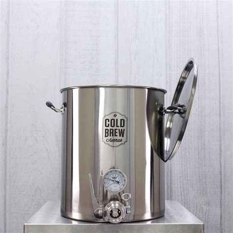All of our products are made of 304 brewer's grade stainless steel which is ideal for making cold brew coffee in. Deluxe Commercial Cold Brew Coffee Maker (15 Gallon)