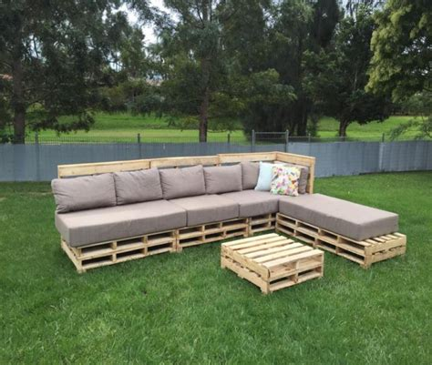 patio pallets  seating  coffee table pallet ideas