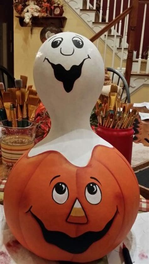adorable chicken decor  gourds craft projects
