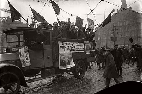 The Golden Twenties In Berlin (1920s)