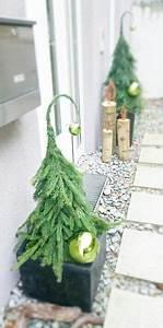 Kleine Tür Eingang : ber ideen zu weihnachtsdeko aussen auf pinterest weihnachtsdeko drau en geschenk korb ~ Markanthonyermac.com Haus und Dekorationen