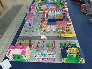 Lego Aufbewahrung Ideen : lego friends layout lego love pinterest lego stadt kindertisch und spielideen ~ Orissabook.com Haus und Dekorationen