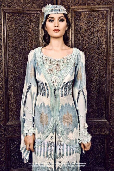 Uzbek Silk Ikat Fashion Traditional Outfits Ethnic Fashion