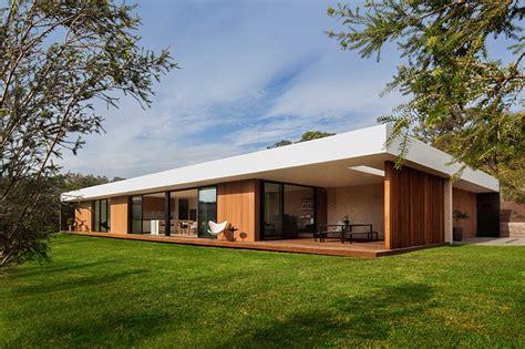 profile home designed   theme  coastal modernity contemporist