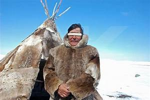 Inuit - traditional Clothing | People | Pinterest ...