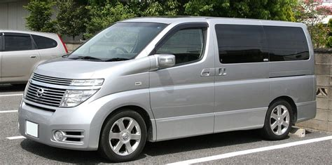 Nissan Elgrand Picture by Nissan Elgrand E51 Review Andrew S Japanese Cars