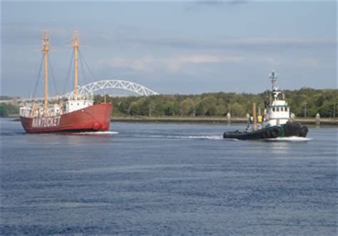 Tow Boat Nantucket by Nantucket Lightship Lv 112
