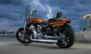 Harley V Rod : 2014 harley davidson v rod muscle review top speed ~ Maxctalentgroup.com Avis de Voitures