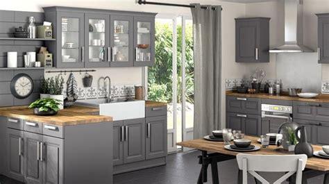 refaire cuisine en bois la cuisine s habille de gris