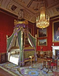 THE MOST BEAUTIFUL INTERIOR PICTURES OF BUCKINGHAM PALACE ...