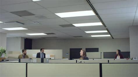bureau like conversation de bureau coiffure like moi zone vidéo