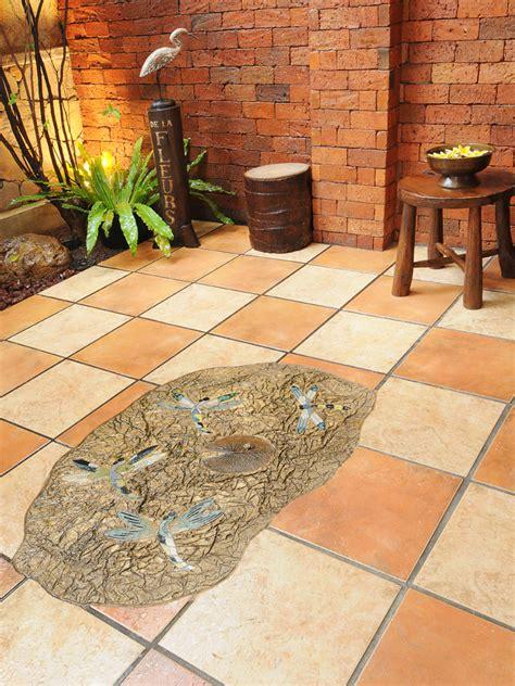 warna keramik lantai yg bagus desain rumah minimalis