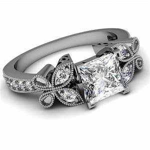 Princess cut engagement rings princess cut engagement for Vintage princess cut wedding rings
