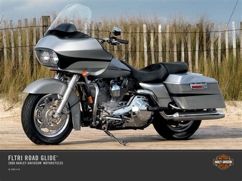 Review Harley Davidson Road Glide by 2006 Harley Davidson Fltri Road Glide Review Top Speed