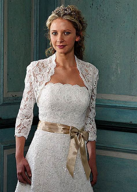 advantages  casual wedding dresses