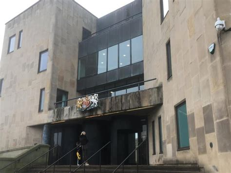 Wigan man jailed after stealing golf clubs and power tools ...