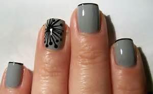 Iceomatic s nails modern dandelion nail art