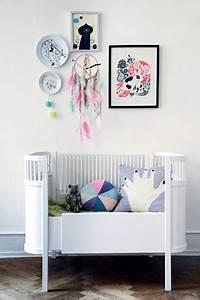 Decoration Murale Chambre Enfant : chambre b b d coration murale avec cadre dessin rose bleu noir ~ Teatrodelosmanantiales.com Idées de Décoration