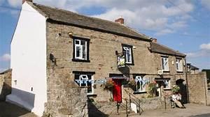 North Yorkshire pub 'resurrected by community' wins ...