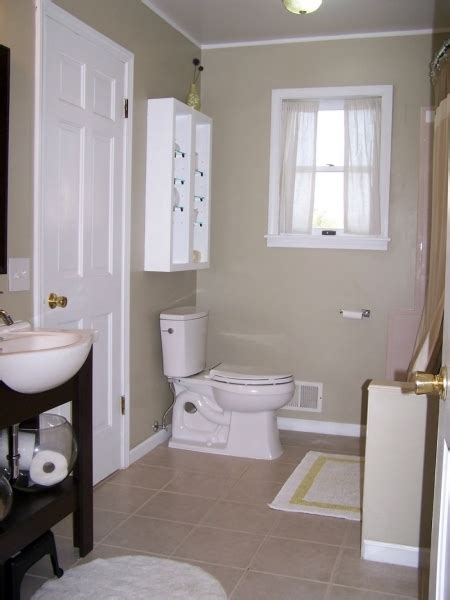 Best Color For Small Bathroom No Window by Popular Small Bathroom Colors Small Room Decorating Ideas