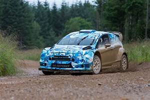 Ford Fiesta Rs 2017 : 2017 ford fiesta rs wrc prototype development hits gravel performancedrive ~ Medecine-chirurgie-esthetiques.com Avis de Voitures