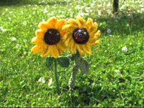 Laub Rechen Im Garten by Im Garten Steht Ein Bl 252 Melein
