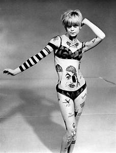 Goldie Hawn , 1968 Laugh In. Sock it to me! | When I Was A ...