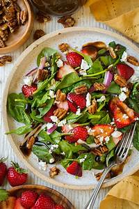 Strawberry Spinach Salad (with Balsamic Vinaigrette ...