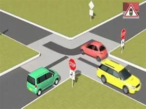 Véhicule Prioritaire Code De La Route : ordre de passage des voitures panonceau youtube ~ Medecine-chirurgie-esthetiques.com Avis de Voitures