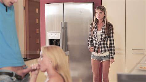 Housewife And A Stepmom Syren Bangs With Four Stepsons