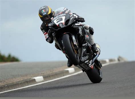 guy martin  gsxr  bikes pinterest racing isle