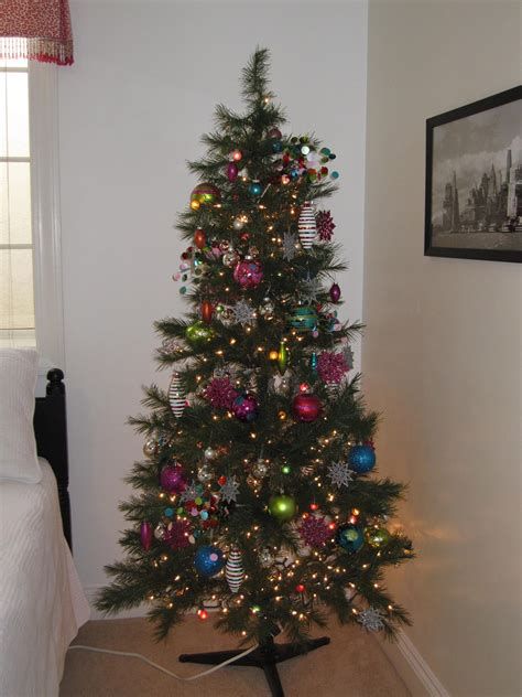 sparkle the non traditional christmas tree