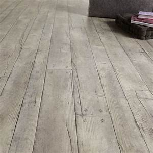 comment remplacer un sol hello brico With carrelage imitation parquet leroy merlin