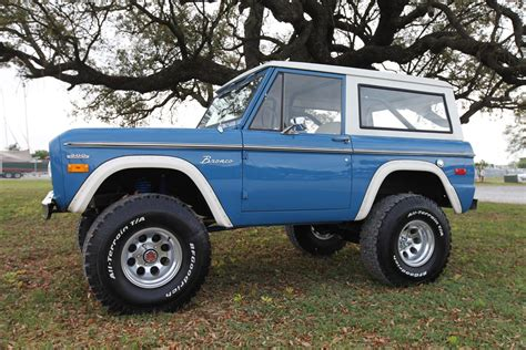 blue bronco car early classic ford bronco 351 windsor bahama blue