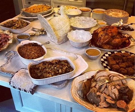 kardashians thanksgiving dinnerphotos