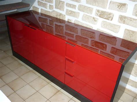 peindre meuble cuisine laqué peindre un meuble laqu trendy suprieur comment repeindre