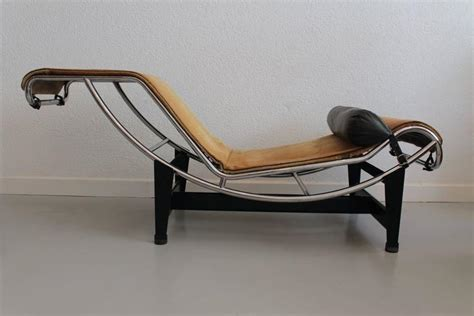 le corbusier lc4 pony lounge chair for sale at 1stdibs