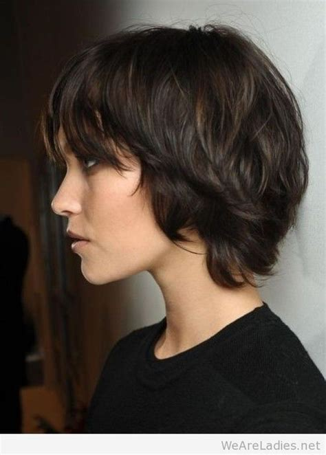 short hairstyle  women