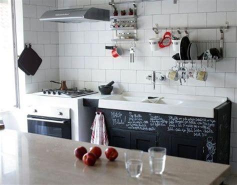 teindre armoire de cuisine 7 façons de redonner du style à vos vieilles armoires de