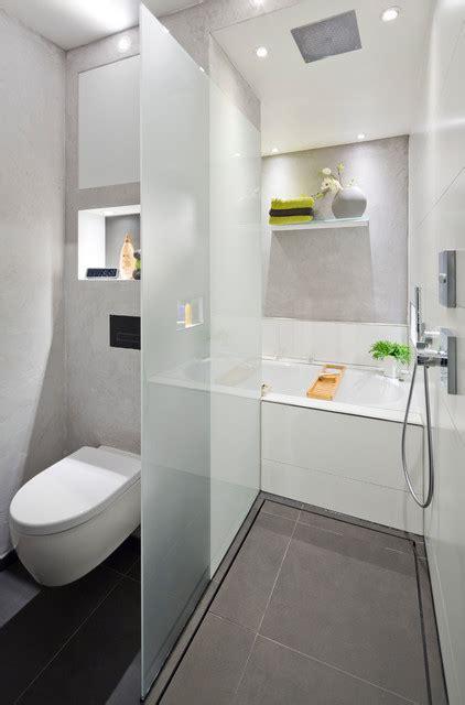 Wc Mit Dusche Modern by Die Dusche Als Durchgang Zur Badewanne Modern