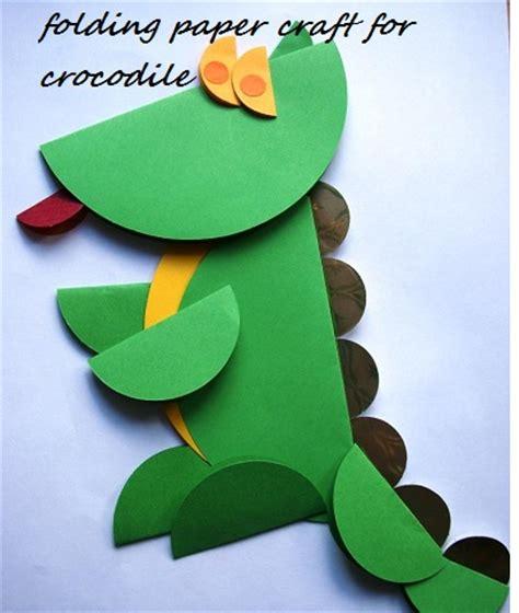 crocodile crafts idea for preschool preschool and 712 | folding paper alligator craft idea