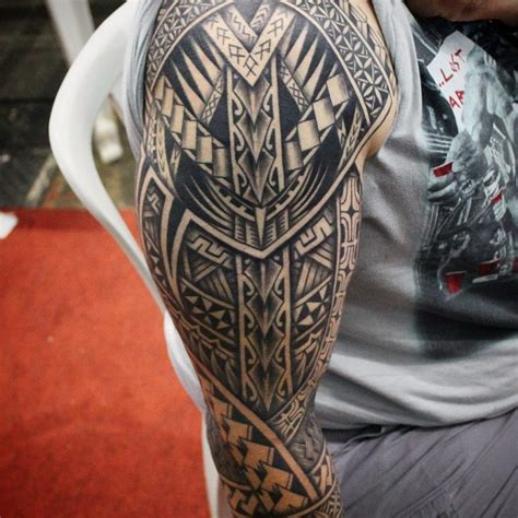50 Hypnotizing Maori Tattoo Designs  Acsient And Sacred