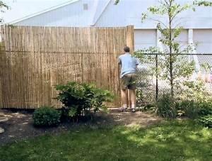 Gartenzaun Sichtschutz Ideen : sichtschutz f r gartenzaun 34 ideen fr sichtschutz im garten mit bambus nowaday garden ~ Frokenaadalensverden.com Haus und Dekorationen
