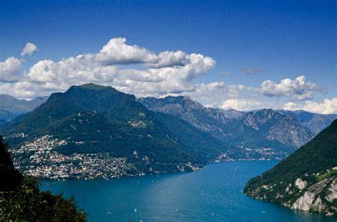 Italien Foto - Luganersee und die Alpen - Bildergalerie ...