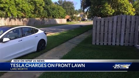 Download Tesla 3 Charge Time At Home Background