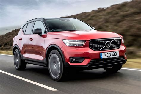 volvo xc40 jahreswagen volvo xc40 smashes firm s own sales predictions motoring research
