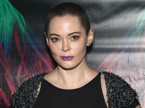 Rose McGowan accuses 'very famous' director of molesting ...