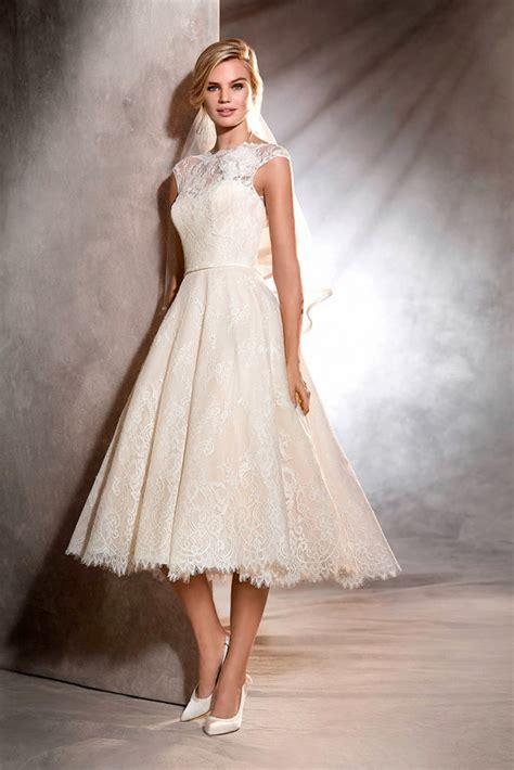 Il primo portale che raccoglie tutti i negozi di abiti da sposa italiani. Abito da sposa: guida completa ai modelli di vestiti da sposa