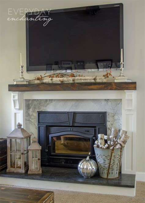 Decorating Ideas For The Fireplace by Best 25 Fireplace Hearth Decor Ideas On