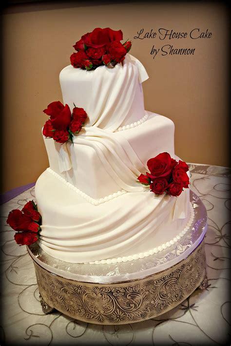Elegant Wedding Cake White Red Red Roses Swag Swag